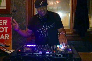 Gee-A club DJing