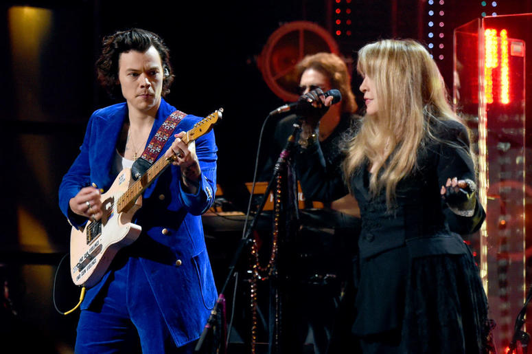 Harry Styles and inductee Stevie Nicks perform at the 2019 Rock & Roll Hall Of Fame Induction Ceremony - Show at Barclays Center on March 29, 2019 in New York City. (Photo by Jamie McCarthy