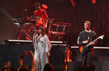 PHILADELPHIA, PA - DECEMBER 06: The Chainsmokers and Emily Warren perform onstage at Wells Fargo Center on December 6, 2017 in Philadelphia Pennsylvania.