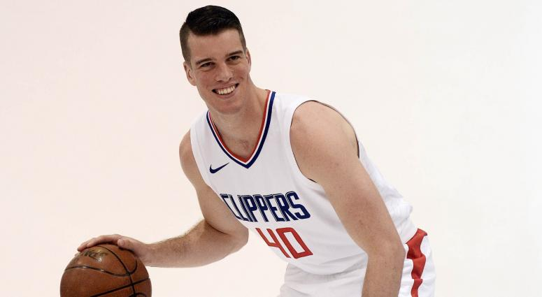 Bucks sign Marshall Plumlee to a two-way contract | 105-7FM