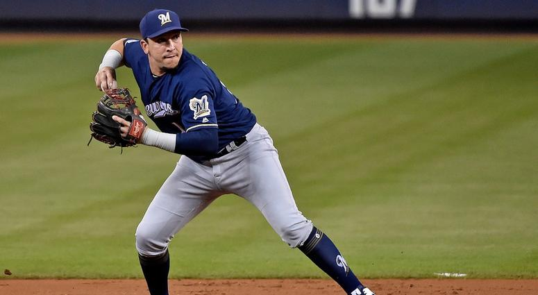 Perez, outrighted by Brewers, elects free agency