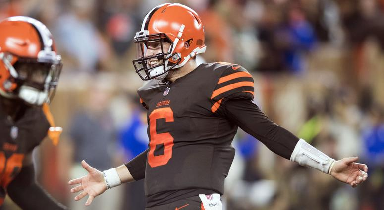 a998fe470 Cleveland Browns QB Baker Mayfield reps Milwaukee Brewers' Christian ...