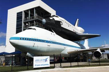 Shuttle Independence outside Johnson Space Center