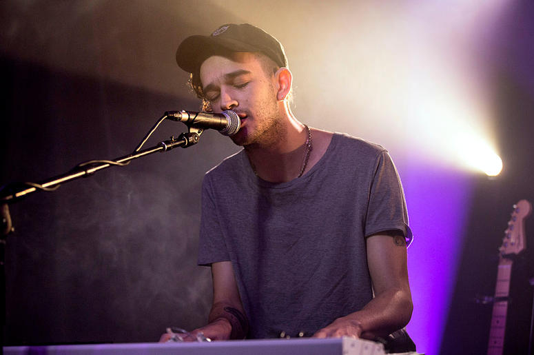 Matthew Healy of The 1975 performs during an Absolute Radio Session at Absolute Radio on August 31, 2016 in London, England