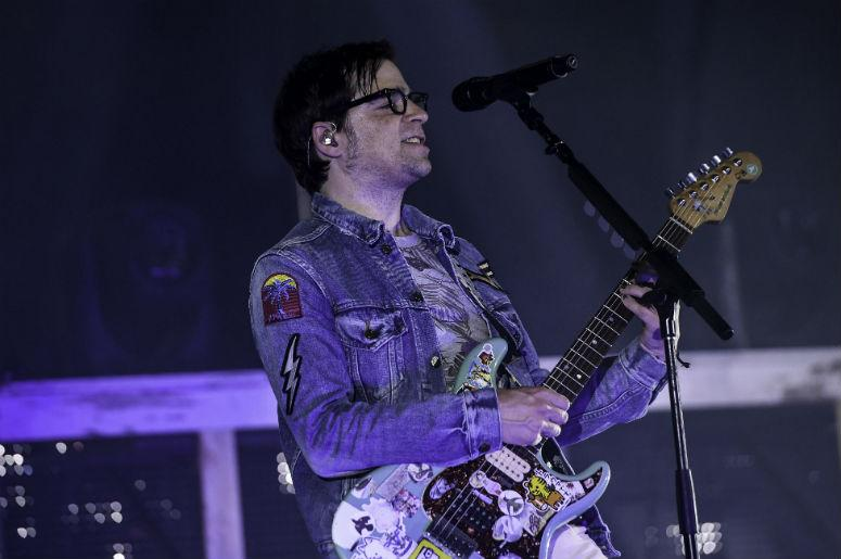 Rivers Cuomo of Weezer live performance