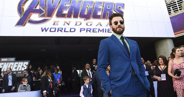 "Chris Evans arrives at the premiere of ""Avengers: Endgame"" at the Los Angeles Convention Center on Monday, April 22, 2019. (Photo by Chris Pizzello/Invision/AP)"