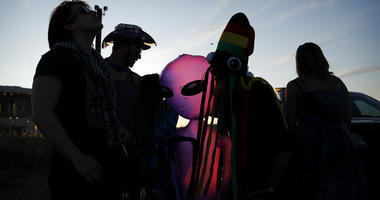 """Partying Underway At """"Alienstock"""""""