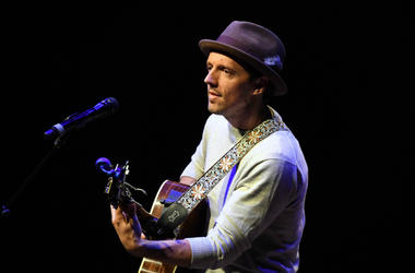 Jason Mraz performs at Kravis Center.