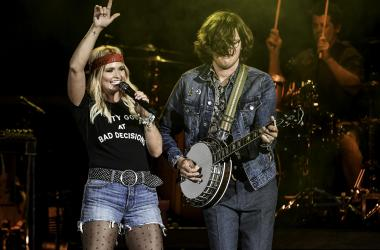 Miranda Lambert Rocking Out