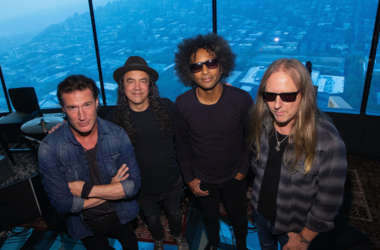 Sean Kinney, Mike Inez, William DuVall and Jerry Cantrell of Alice In Chains