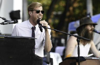 Andrew McMahon performs at the Riptide Music Festival