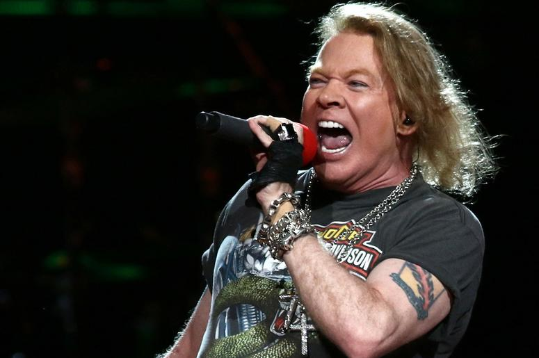 Guns N' Roses Covered By 10-Year-Old Junior Rocker: Watch