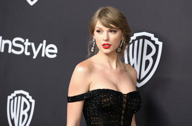 Taylor Swift attends the InStyle And Warner Bros. Golden Globes After Party 2019 at The Beverly Hilton Hotel on January 6, 2019 in Beverly Hills, California