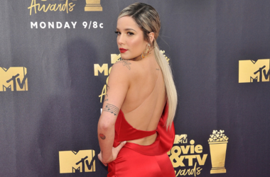 Halsey attending the 2018 MTV Movie and TV Awards