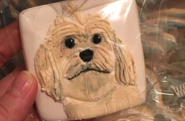 Dog photo on cookie