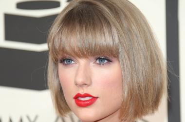Taylor Swift Video Selfie