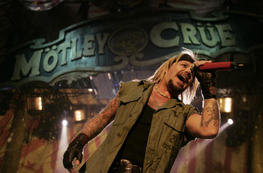 Singer Vince Neil of Motley Crue performs live at Madison Square Garden on March 3, 2005