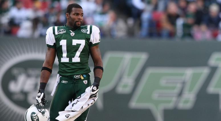 Braylon Edwards #17 of the New York Jets against the Carolina Panthers at Giants Stadium on November 29, 2009 in East Rutherford, New Jersey.