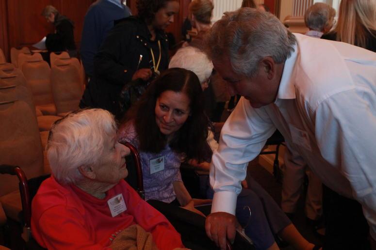 Library of Congress reunites women World War II codebreakers