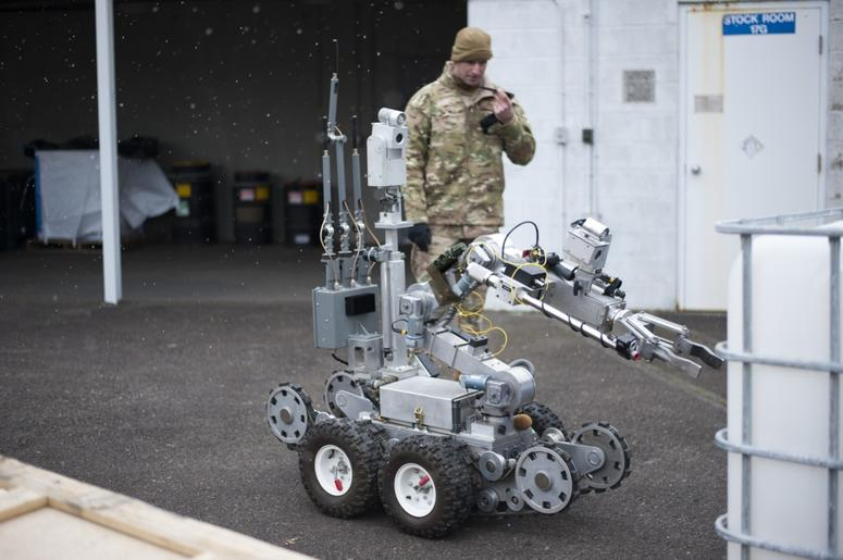Air Force EOD Robot training at Portland Air National Guard Base