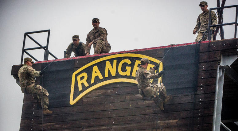 Toronto Blue Jays players joined the 75th Army Ranger Regiment in December for training.