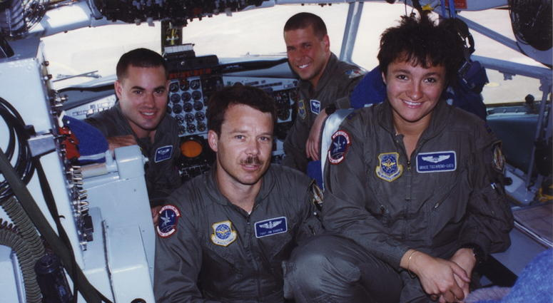 Graciela with crew in KC-135R flight deck in Turkey