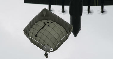 Over 1,000 U.S. paratroopers participate in largest airborne operation since WWII to commemorate 75th anniversary of D-Day.