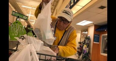 """""""Benny"""" Ficeto, aka """"Benny the Bagger"""" is a local legend at a Stop and Shop in New Jersey"""