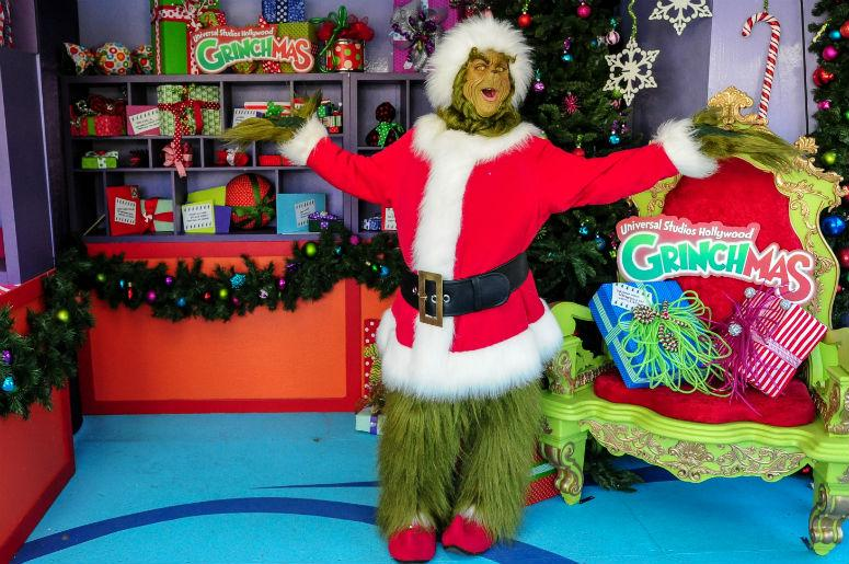 Watch 5 Year Old Boy Tries To Warn Local Police About The Grinch