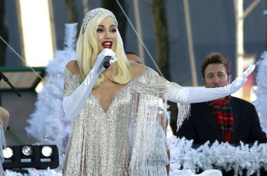 11/21/2017 - Gwen Stefani performs in Bryant Park in New York City.