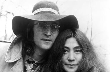 File photo dated 1/8/1973 of John Lennon and Yoko Ono