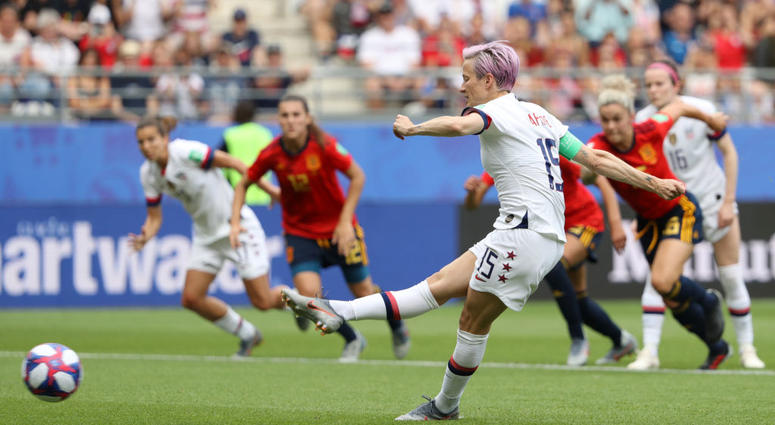 USA Women's National Team defeats Spain 2-1 on a Controversial Call