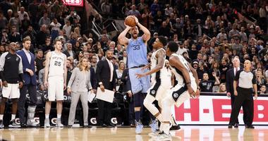 Grizz beat Spurs