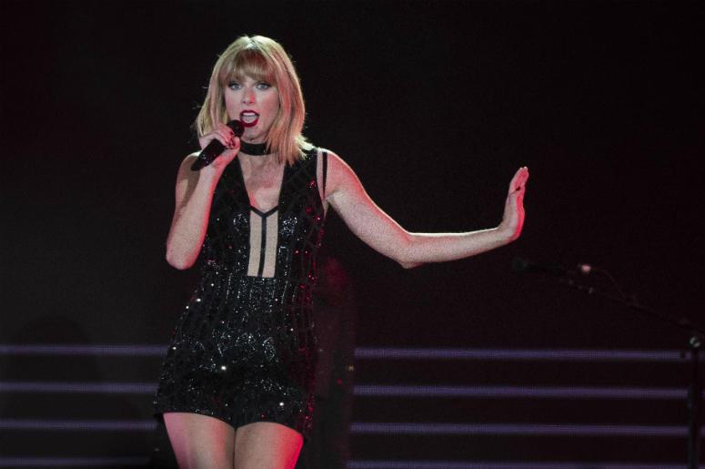 Taylor Swift Talks About Her Fight With Kim Kardashian | FM 100 Memphis