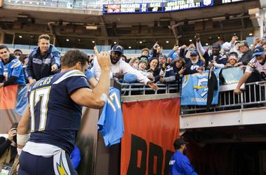 NFL: Los Angeles Chargers at Cleveland Browns