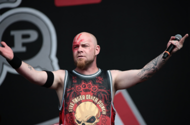 Ivan Moody of Five Finger Death Punch performing on the main stage on day 3 of the 2016 Reading Festival