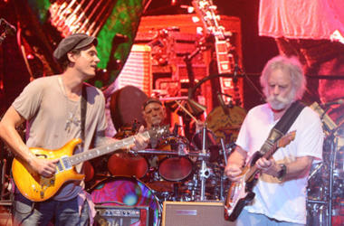 John Mayer and Bob Weir of Dead and Company