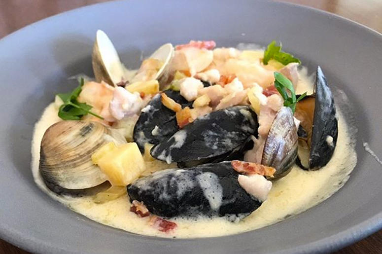 William Tell House Seafood Chowder
