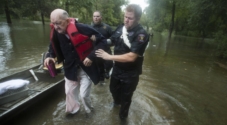 2 Killed By Storm Amid Major Flooding In Texas