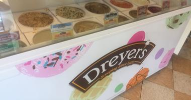 Dreyer's Grand Ice Cream Parlor & Cafe in Oakland is closing its flagship store.