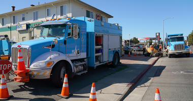 acific Gas & Electric crews work on October 09, 2019 in Vallejo, California.