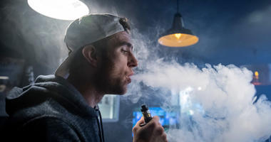 E-cigarette vapor