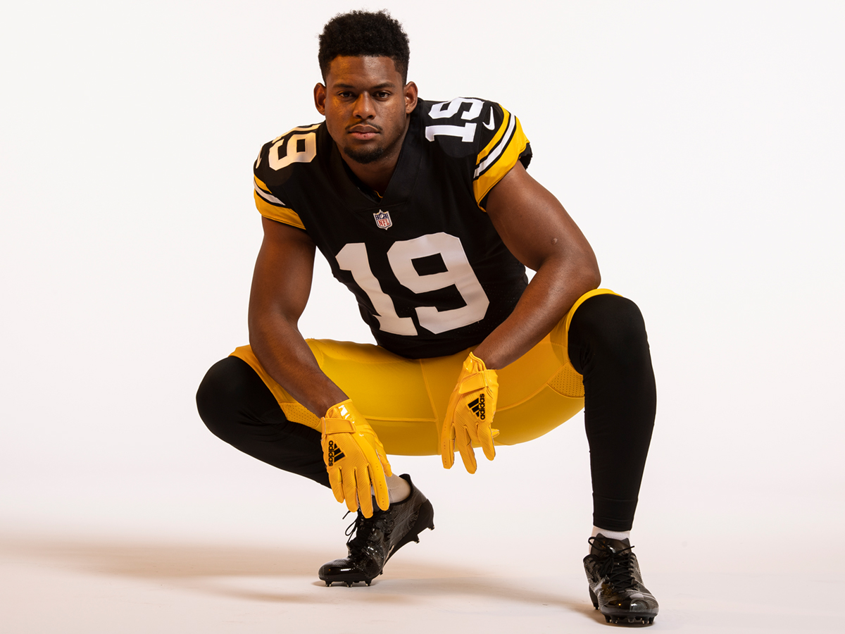 huge selection of c9a0a 12452 Photos: Steelers Unveil Throwback Jersey For 2018 Season ...