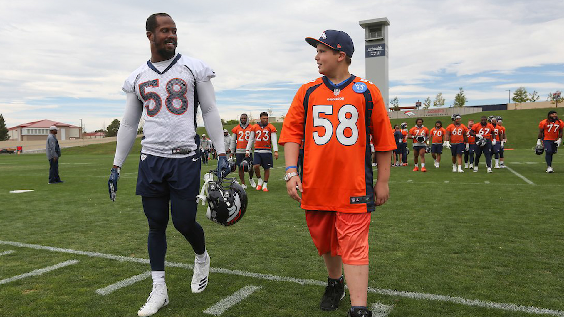 f2a2591e Denver Broncos Give 12-Year-Old Battling Cystic Fibrosis Day As ...
