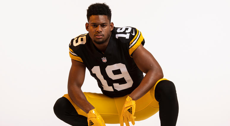 d8acd5c6 Photos: Steelers Unveil Throwback Jersey For 2018 Season | 93.7 The Fan