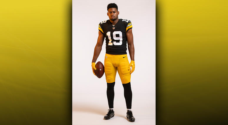 huge selection of 6ef5b 173b3 Photos: Steelers Unveil Throwback Jersey For 2018 Season ...