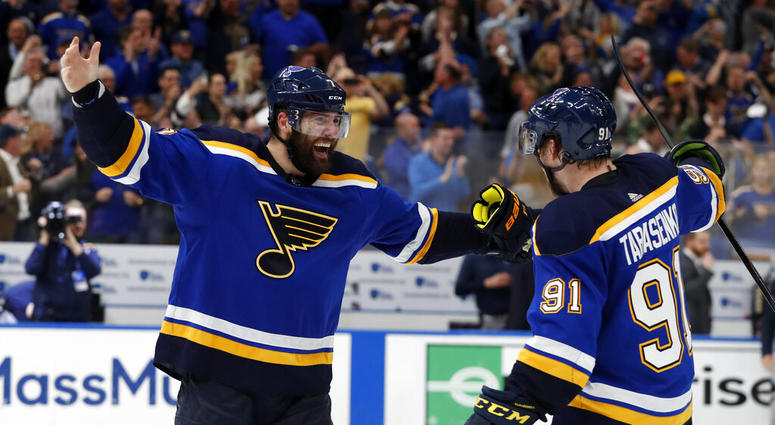 new style fb4cd 7c29e Blue No More: Patrick Maroon's Perfect St. Louis Homecoming ...