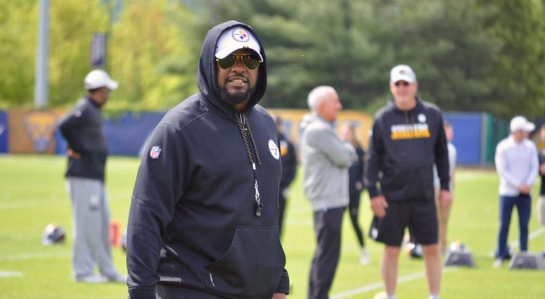 Steelers Head Coach Mike Tomlin Signs 1 Year Extension