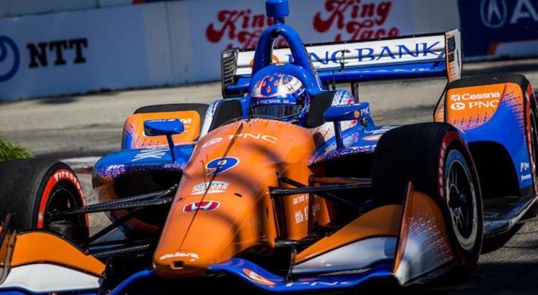 Scott Dixon In The No. 9 PNC Bank Chip Ganassi Racing Honda At Long Beach