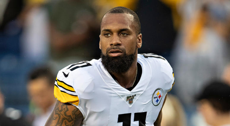 Donte Moncrief of the Pittsburgh Steelers